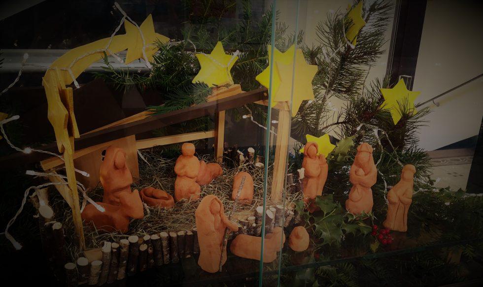 """Wir danken dem WPK 8 """"Handwerken"""" ganz herzlich für diese wunderbare Adventsdeko!"""